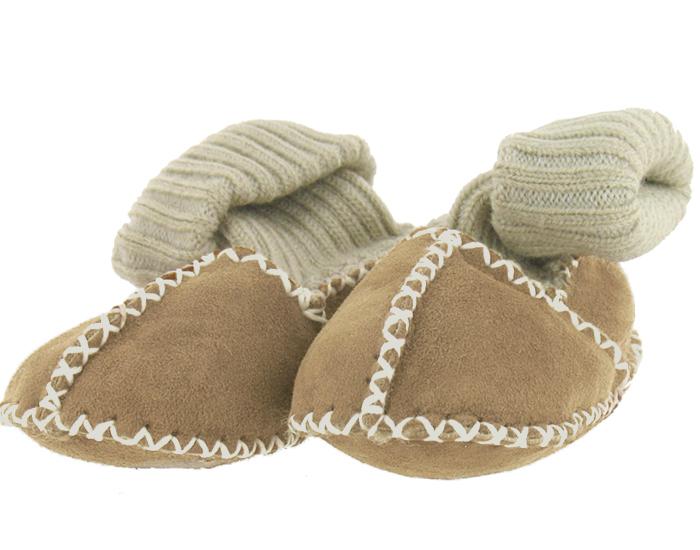 chaussons chaussettes en peau d 39 agneau pour bb. Black Bedroom Furniture Sets. Home Design Ideas
