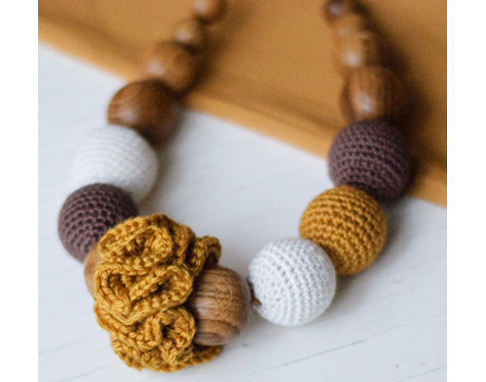 KANGAROO CARE Collier d'Allaitement et de Portage - Classic Gold Brown and Cream (2)