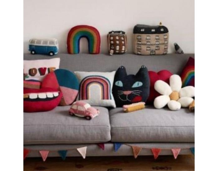 OEUF NYC Coussin chat en alpaga (2)