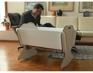 berceau bb carton recycl son matelas. Black Bedroom Furniture Sets. Home Design Ideas